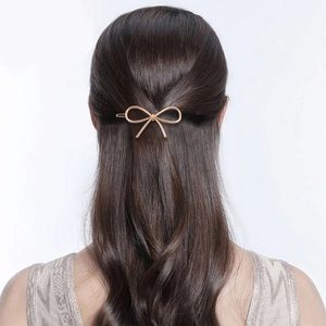 Accessories - Golden Bow Hair Clip Accessory